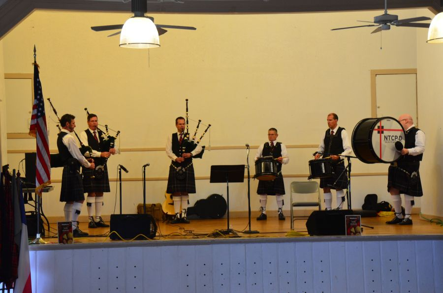 Members of the North Texas Caledonian Pipes